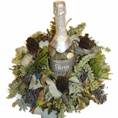 wreath-with-bottle